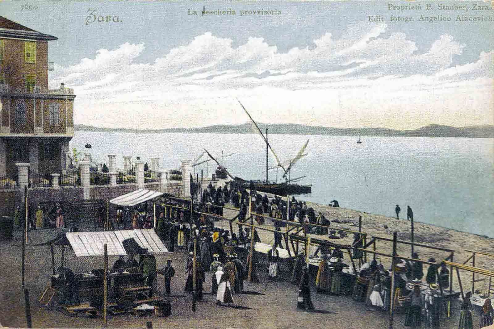 Fish Market on the west side of Nova obala in the year 1903